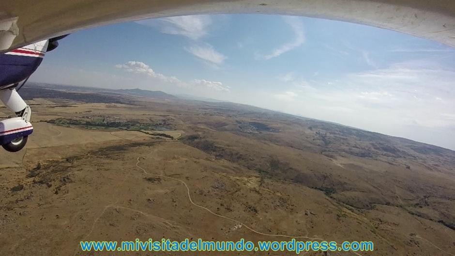 Una forma distinta de visitar el mundo es desde el aire, en esta ocasión vemos la ciudad de Ávila y sus alrededores.